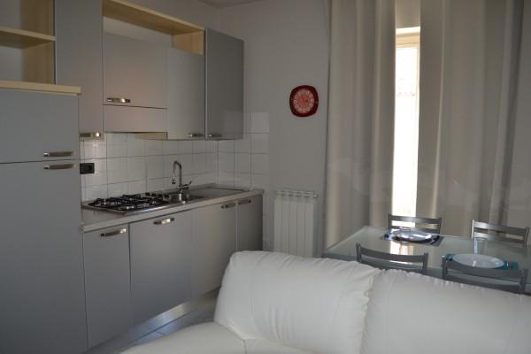 A Pochi Passi Bed and Breakfast Venaria Appartamento Sole cucina